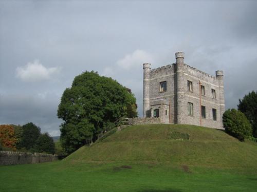 Abergavenny Castle Pic