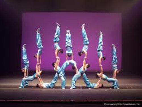 Acrobats Peking