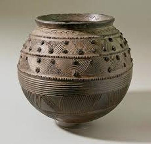 10 Facts About African Pottery Fact File