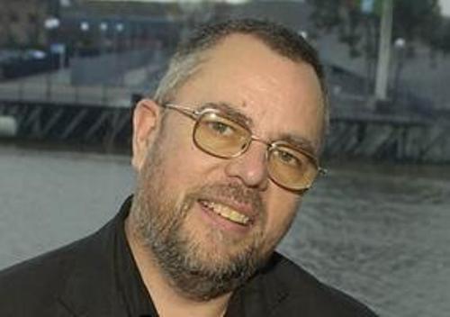 Alan Gibbons Writer