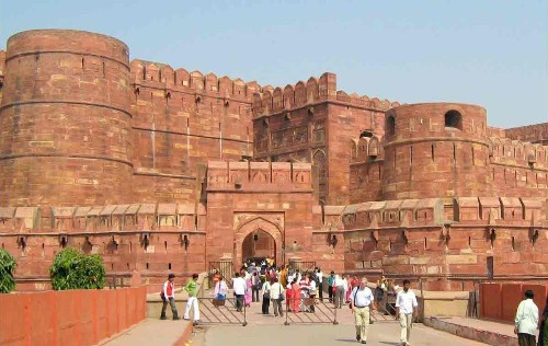 Facts about Agra Fort