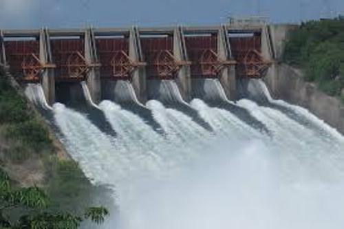 facts about Akosombo Dam
