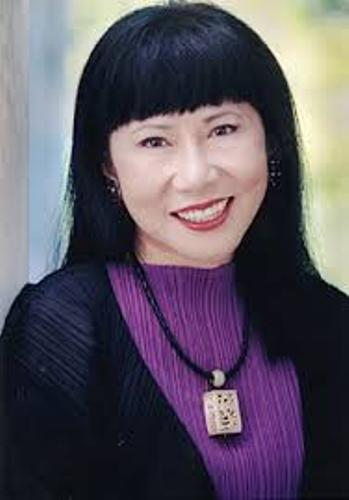 Facts about Amy Tan