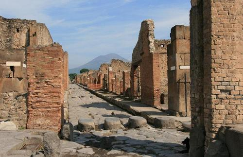 Facts about Ancient Pompeii