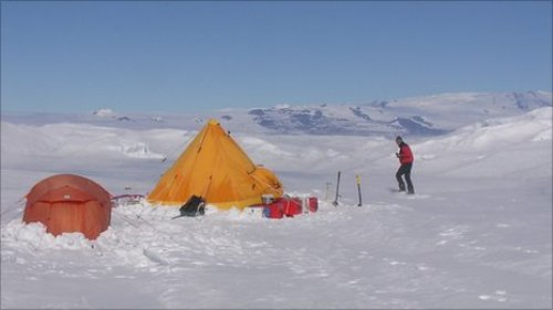 Antarctica's Climate and People's Life
