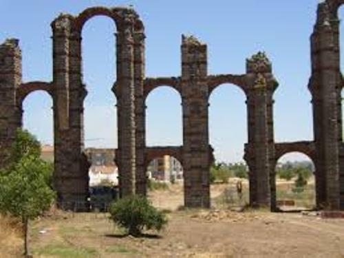 Aqueducts Pictures