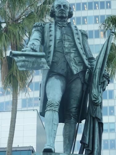 Arthur Phillip Statue