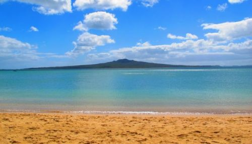 Auckland Beach