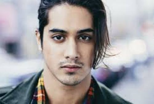 Avan Jogia Facts