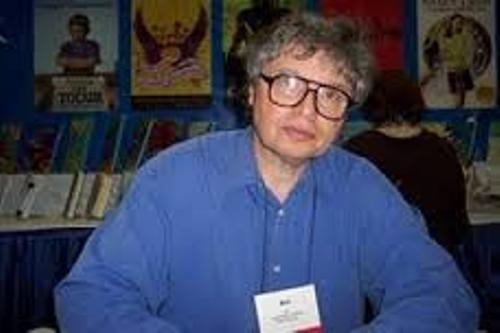 Avi the Author Imge