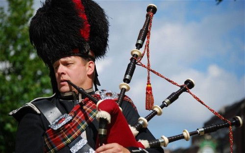 Bagpipes Player