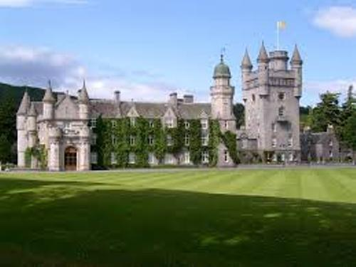Balmoral Castle Facts