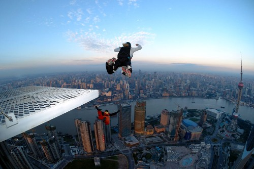 Base Jumping Pic