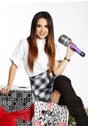 Becky G Singer