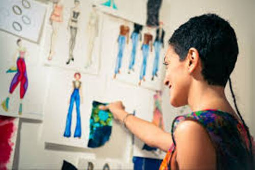 Facts about Being a Fashion Designer