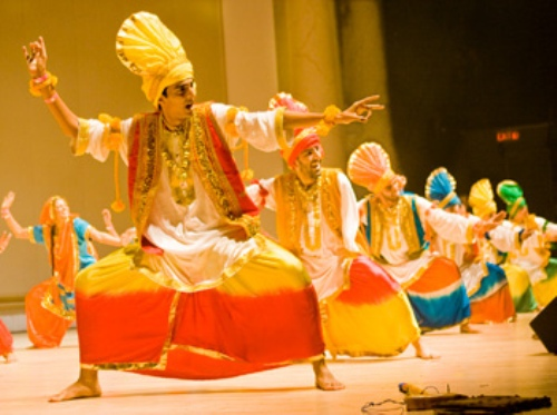 Facts about Bhangra Dancing