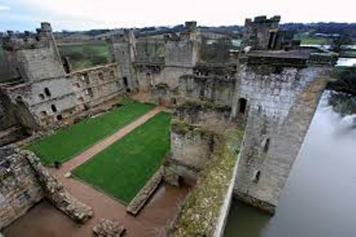 Bodiam Castle Ruins