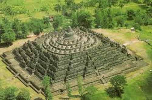Borobudur History