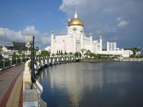 Brunei Facts