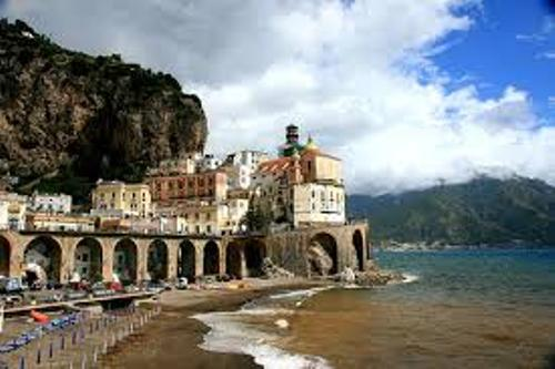 Campania Travel