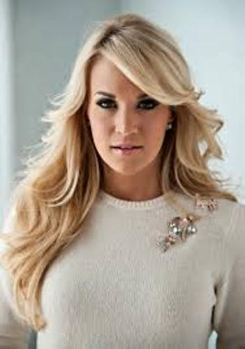 Carrie Underwood Singer