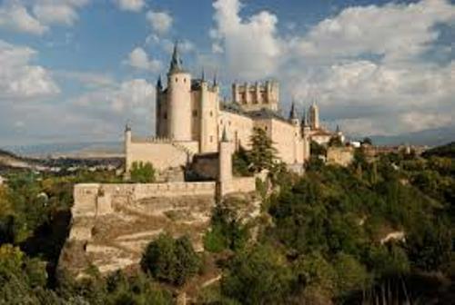 Castilla y Leon facts