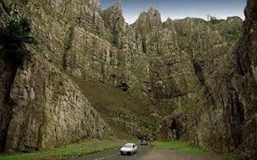 Cheddar Gorge Pic
