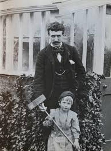 Facts about Charles Rennie Mackintosh