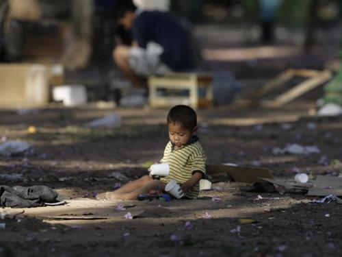 Child Poverty Image