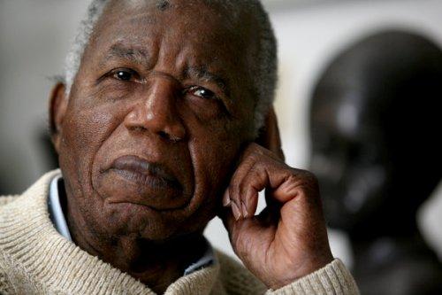 Chinua Achebe Image