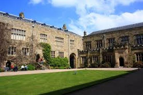Chirk Castle facts
