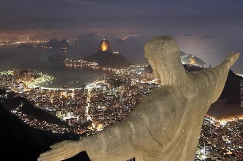 Cristo Redentor at Night