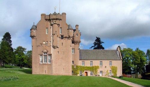 Facts about Crathes Castle