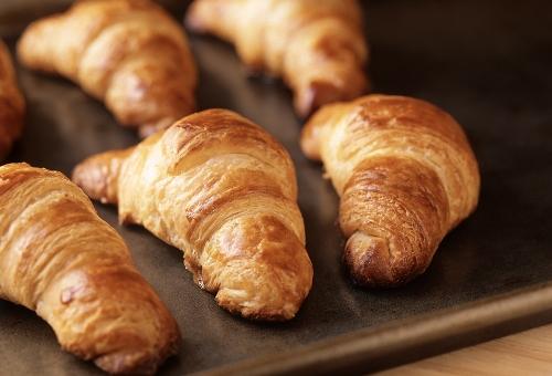 Croissant Images