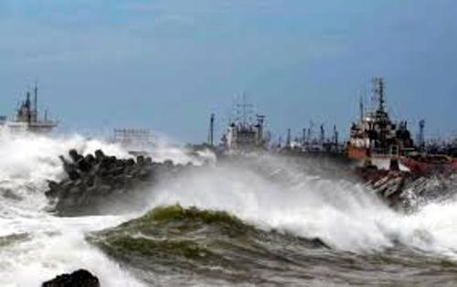 Cyclone Hudhud Facts