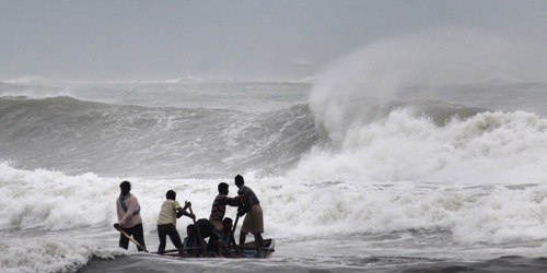 Cyclone Hudhud Images