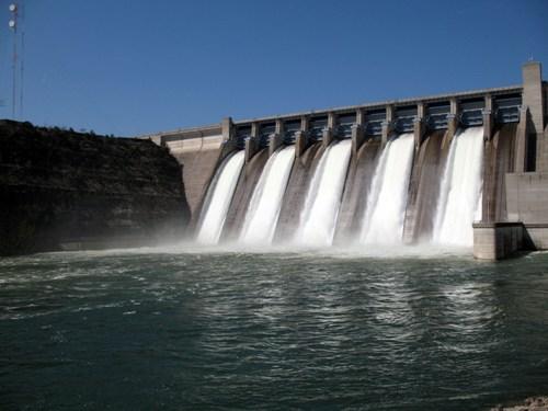 Dam Pic