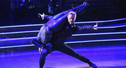 Derek Hough Dances