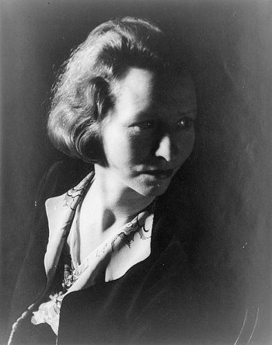 Facts about Edna St. Vincent Millay